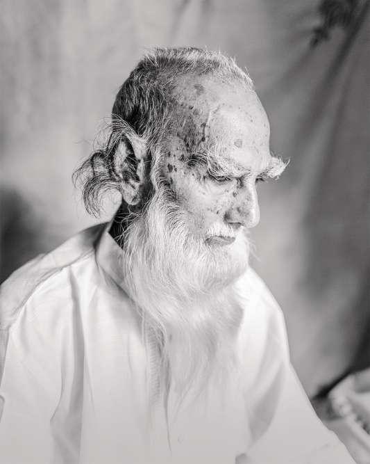 Le plus vieil habitantd'Ulpur, district de Gopalganj, Bangladesh. Tous les autres lieux photographiés dans ce portfolio sont aussi situés dans le pays.