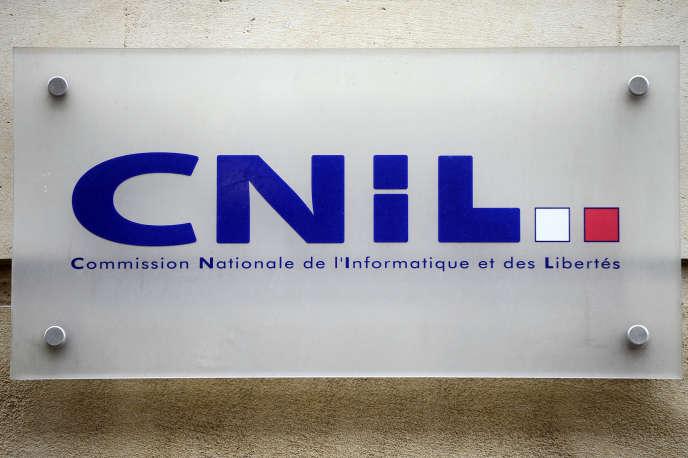 Le logo de la Commisson nationale de l'informatique et des libertés à Paris, en 2013. La CNIL a infligé une amende record à Google le 21 janvier.