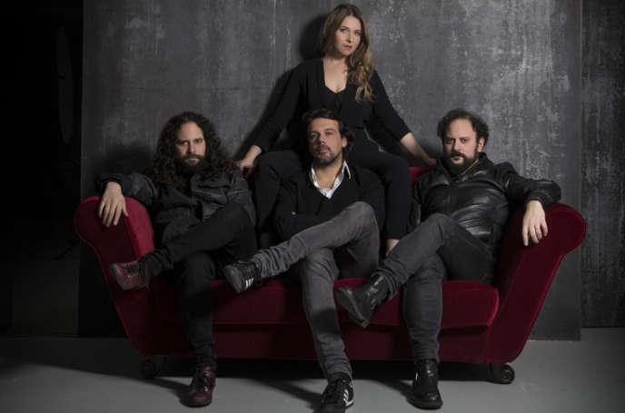 Rocío Marquez (centre) et Fahmi Alqhai (gauche) présentent leur nouvel album «Dialogos de viejos y nuevos sones», entourés deson frère Rami Alqhai (viole de gambe) et Agustin Diassera (percussions).