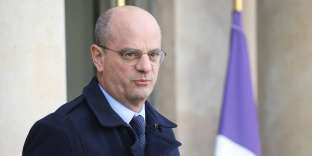 French Education Minister and Youth Affairs Jean-Michel Blanquer leaves the Elysee Presidential Palace after attending a weekly cabinet meeting on January 16, 2019 in Paris. / AFP / LUDOVIC MARIN