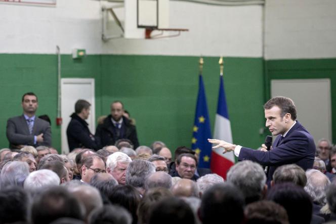 Emmanuel Macron, à Grand Bourgtheroulde (Eure), le 15 janvier.