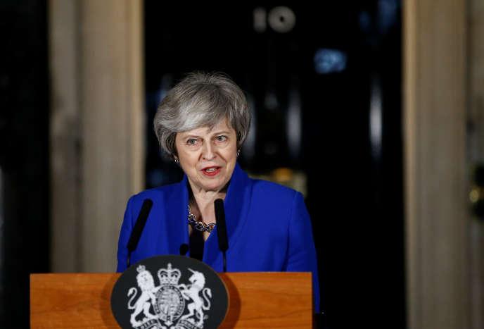 La première ministre britannique, Theresa May, à Downing Street, le 16 janvier.