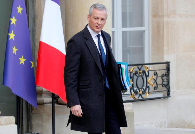 Le ministre de l'économie et des finances, Bruno Le Maire, le 19 décembre, devant l'Elysée, à Paris.