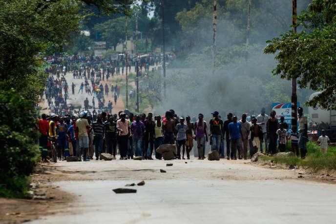 Manifestation dans les rues de Harare,la capitale du Zimbabwe, le 14 janvier 2019.