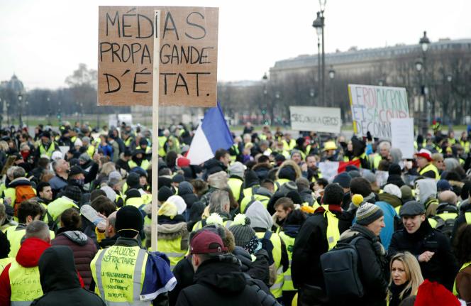 Lors du rassemblement des « gilets jaunes» à Paris, le 19 janvier.