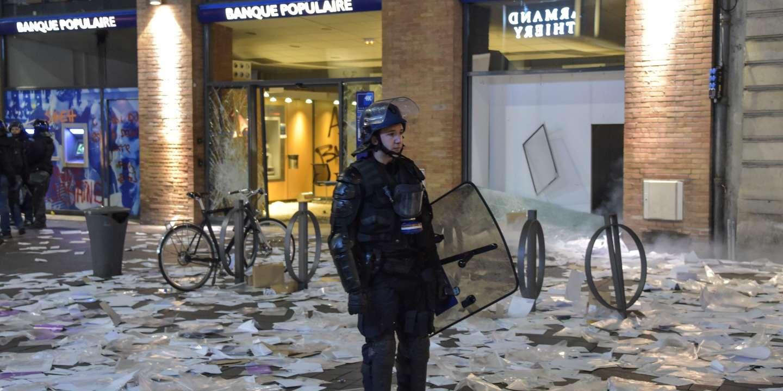 «Gilets jaunes»: mobilisation record à Toulouse avec 10 000 manifestants