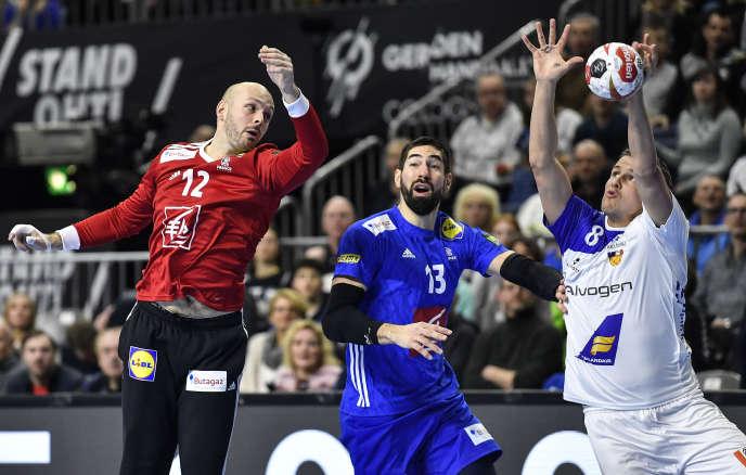 Avec quatorze arrêts, Vincent Gérard a porté les Bleus face à l'Islande.