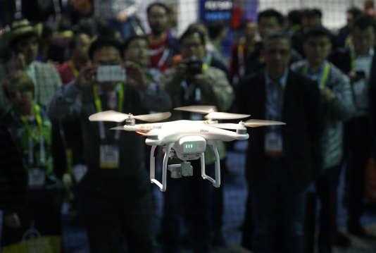 Un drone DJI en démonstration au CES de Las Vegas, en 2016
