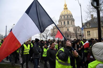 La manifestation parisienne, «acte X» des «gilets jaunes» place des Invalidesà Paris, le 19janvier.