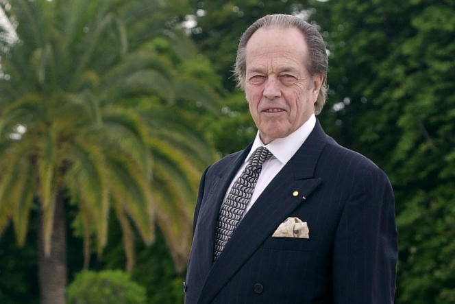 Le comte de Paris Henri d'Orléans, en 2002.