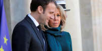 French President Emmanuel Macron and his wife Brigitte Macron welcome Quebec Prime Minister Francois Legault and his wife Isabelle Brais as they arrive for a meeting at the Elysee Palace in Paris, France, January 21, 2019. REUTERS/Philippe Wojazer
