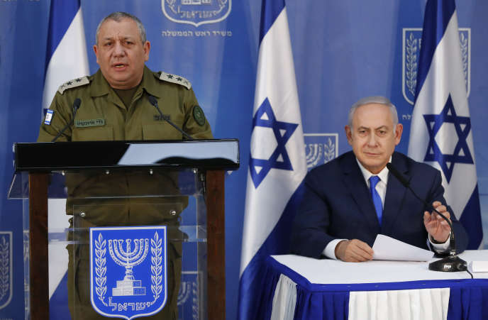 Le premier ministre israélien, Benyamin Nétanyahou, et le chef d'état-major, Gadi Eizenkot, à Tel-Aviv, le 4 décembre 2018.
