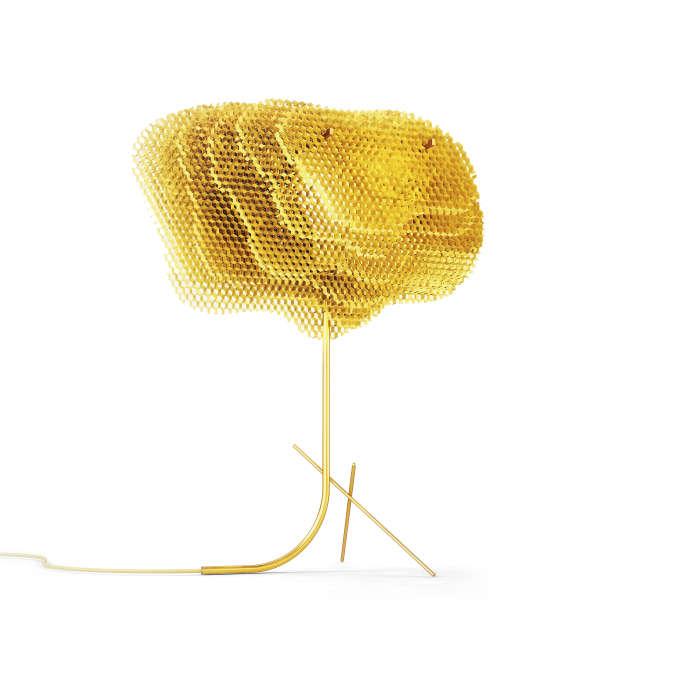 La lampe Nida en aluminium, inspirée par les ruches d'abeille, par le Bordelais Vincent Poujardieu (UK, 2018).