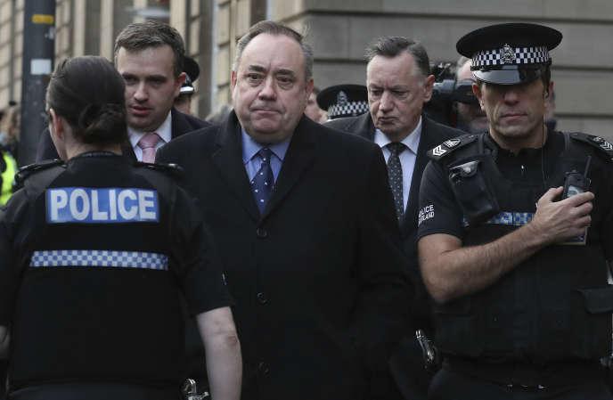 Alex Salmond,après sa comparution devant un tribunal d'Edimbourg, le 24 janvier 2019.