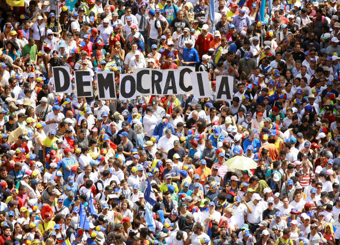 Rally des opposants au président vénézuélien Nicolas Maduro à Caracas, le 23 janvier.