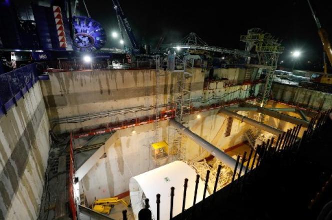 Le chantier du Grand Paris Express, le jour du lancement de sa première aléseuse, le 3février 2018 à Champigny-sur-Marne (Val-de-Marne).