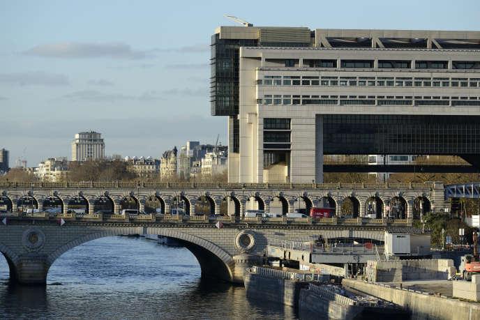 « Soit vous occupez le bien comme votre résidence principale, soit vous louez un bien immobilier ou, enfin, vous pouvez acheter un bien qui sera ensuite destiné à la location» (Ministère des finances, à Paris).