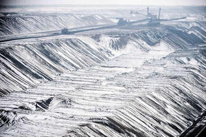 Mine de lignite à ciel ouvert, à Garzweiler, dans l'ouest de l'Allemagne, le 25 janvier.