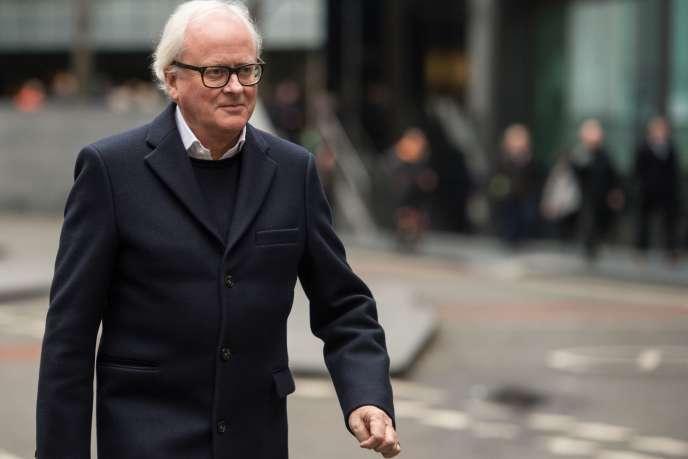 John Varley, ancien directeur général de Barclays, quitte le tribunal de Southwark Crown Court, à Londres, le 14 janvier.