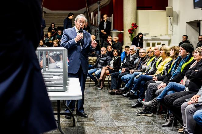 Le grand débat à Lons-Le-Saunier a été ouvert par le maire de la ville, Jacques Pélissard.