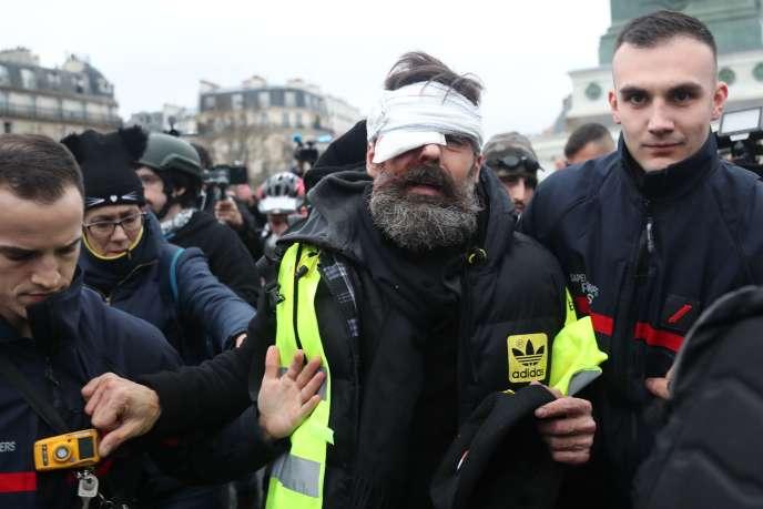 Jérôme Rodrigues, blessé lors de l'acte XI à Paris, le 26 janvier.