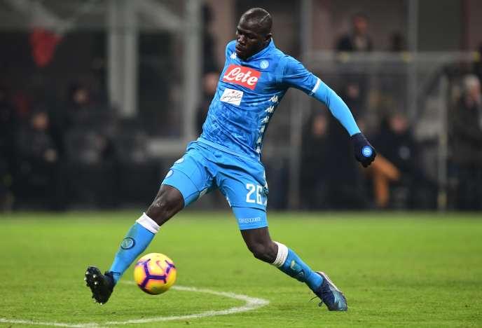 Kalidou Koulibaly, le défenseur de Naples, le 26 janvier, face à l'AC Milan.