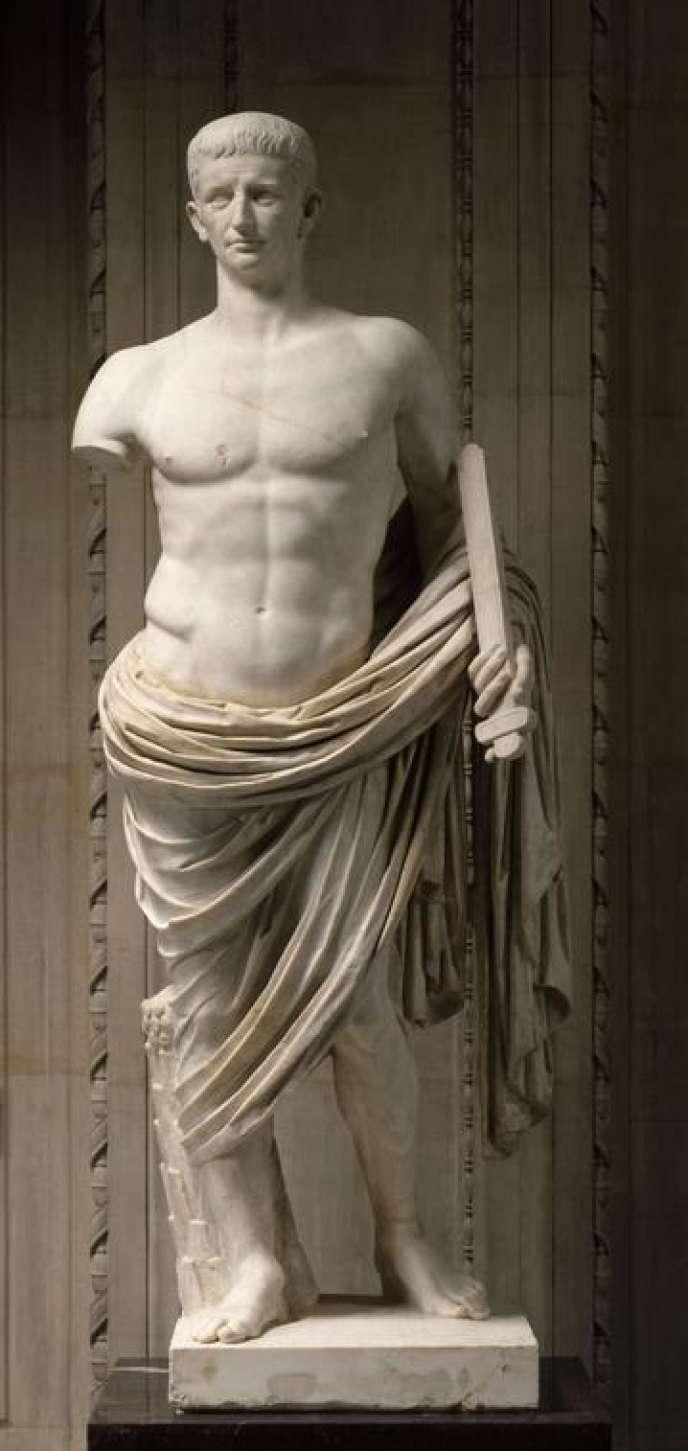 Claude dans la nudité héroïque, vers l'an 40, à la fin du règne de Caligula.