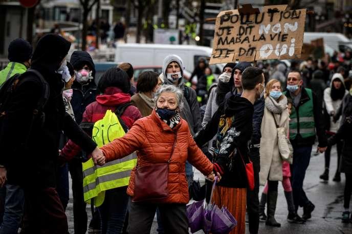 Lors de la manifestation pour le climat à Lyon, le 27 janvier.