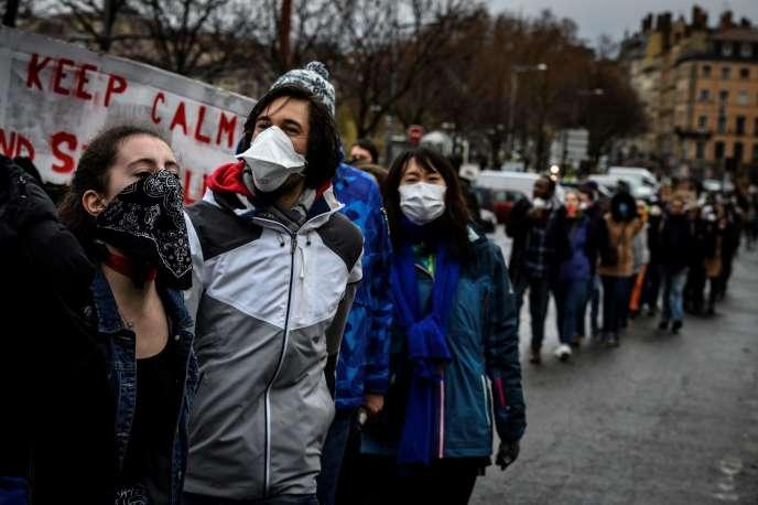 Lors de la marche pour le climat, dimanche 27 janvier, à Lyon.