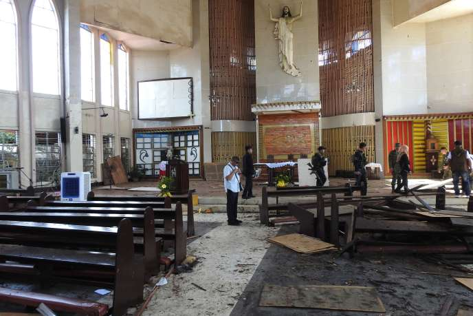 Sunday killed a bomb attack in a cathedral on Jolo Island and wounded 81.
