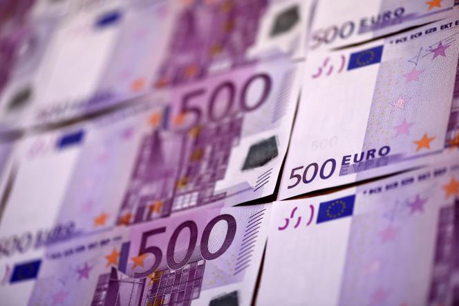 Les billets de 500 euros facilitent la circulation d'argent sale à travers les frontières et le financement du crime organisé.