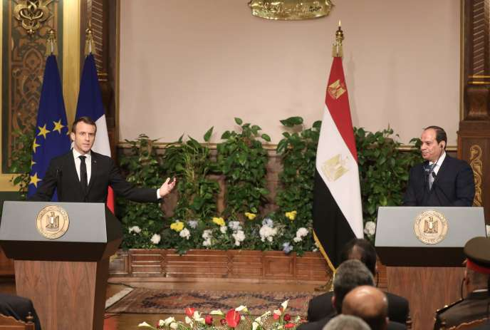 Emmanuel Macron et Abdel Fattah Al-Sissi, au Caire, le 28 janvier.