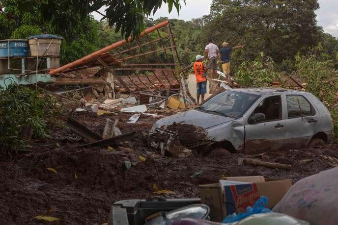 A Parque da Cachoeira (Brésil), ensevelie à la suite de la rupture du barrage de Brumadinho, le 26 janvier
