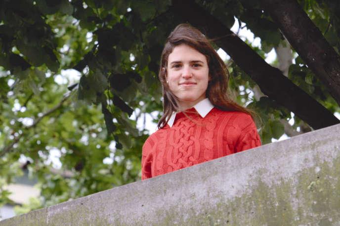 Adèle Csech dans« L'Amour debout», de Michaël Dacheux.