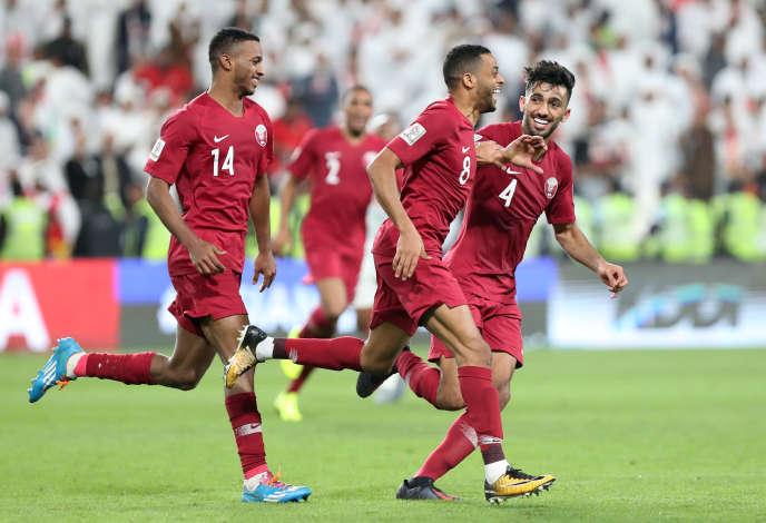 L'équipe qatarie de Football a laminé (4-0) l'équipe des Emirats arabes unis, qui jouait à domicile, en demi-finale de la coupe d'Asie, le 29 janvier.
