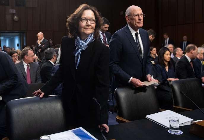 Gina Haspel, la cheffe de la CIA, et Dan Coats, le directeur du renseignement américain, entendus par les sénateurs, à Washington, le 29 janvier.