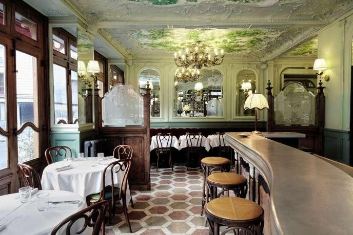 Le Chardenoux est inscrit aux Monuments historiques, cet établissement a ouvert ses portes en 1908.
