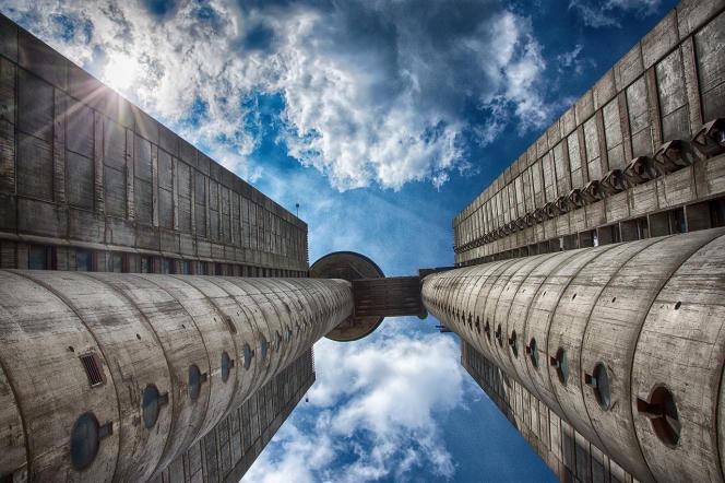 Les tours Genex, del'architecte serbe Mihajlo Mitrović, sont un monument du brutalisme d'Europe de l'Est.