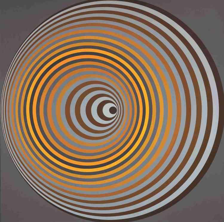 «Entre science et fiction, le cosmos offre le cadre des effervescences formelles du dernier Vasarely. Ici la rêverie cosmique prend pour objet le vortex. Vasarely, le moderniste qui croit dans le progrès technique, est le peintre de l'atome et des énergies particulaires, en même temps que celui de la conquête spatiale et des étrangetés dimensionnelles du cosmos. »