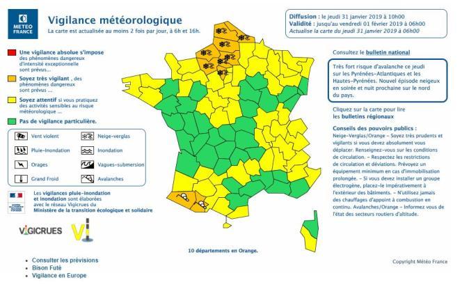 Jeudi, en milieu de matinée, Météo France a étendu sa carte de vigilance à la neige et au verglas à huit département du nord de la France.