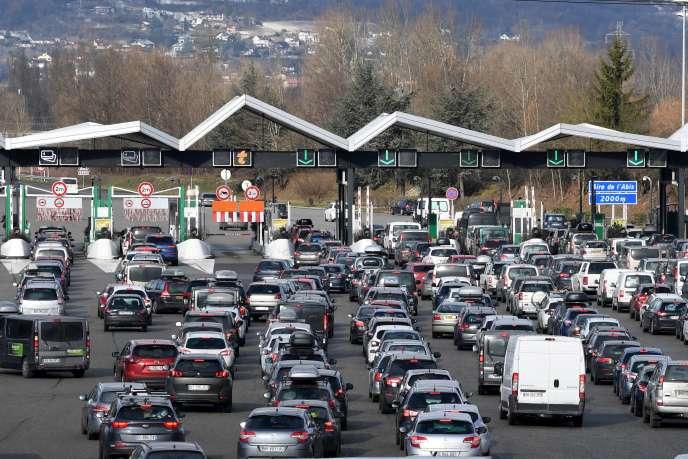 La barrière de péage de Chignin (Savoie), sur l'autoroute A43, en février 2018.