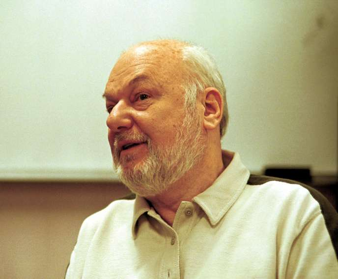 Le cinéaste serbe Dusan Makavejev, à Santa Fe (Nouveau-Mexique), en avril 2000.