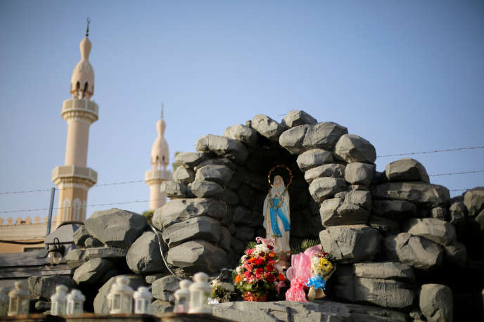 Un autel près de l'église Sainte-Marie de Dubaï, le 18 janvier.