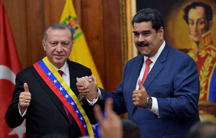 Le président turc Recep Tayyip Erdogan et son homologue vénézuélien Nicolas Maduro à Caracas, le 3 décembre 2018.