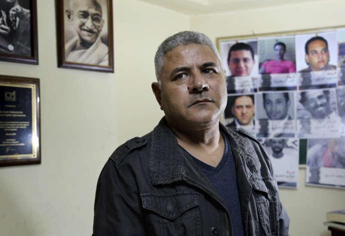 Gamal Eid, avocat et défenseur des droits de l'homme, dans son bureau au Caire, en Egypte, le21 novembre 2018.