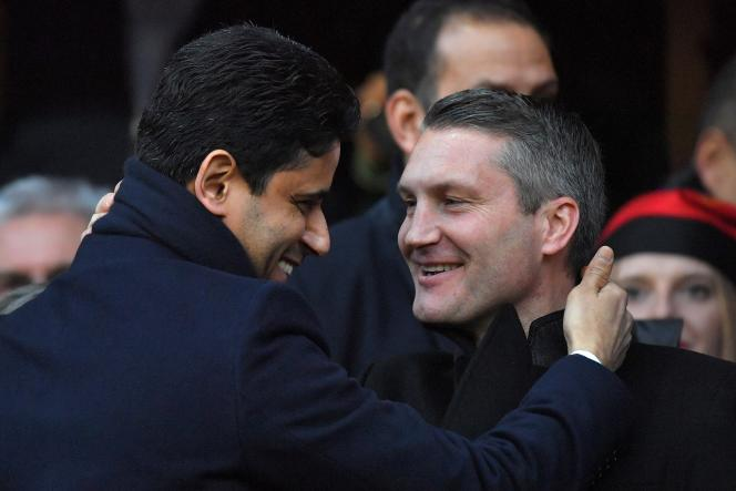 Olivier Létang avec son ex-supérieur Nasser Al-Khelaïfi, lors de Rennes-PSG en décembre 2017.