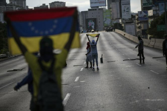 Des manifestants de l'opposition à Caracas, Venezuela, le 2 février 2019.