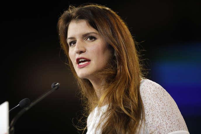 Marlène Schiappa lors d'un discours à Chassieu, près de Lyon, le 18 novembre 2017.