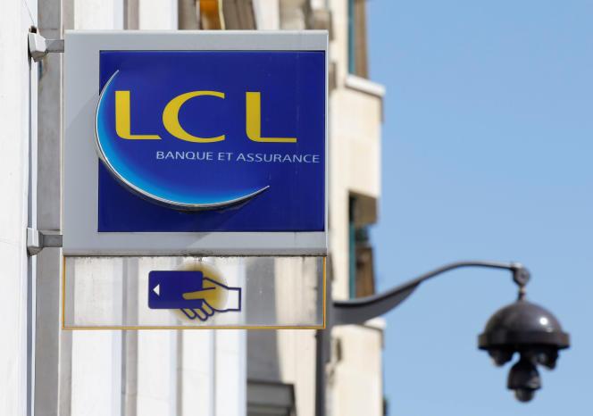 Entre 2015 et 2017, les démissions ont progressé de 85 % chez LCL.
