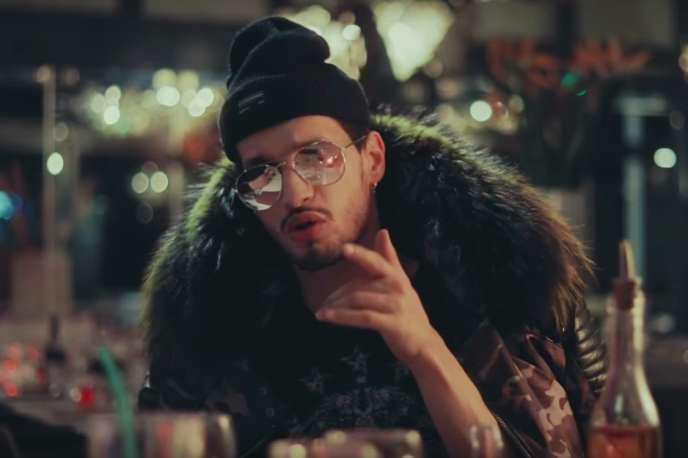 Soolking dans son vidéo clip« Amigo».